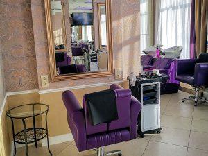 Парикмахерский зал - Центр красоты и здоровья Да Винчи в Асбесте