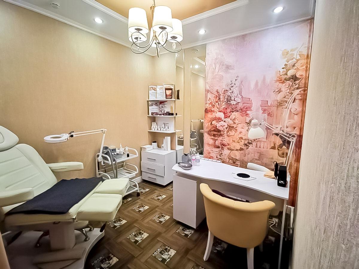 Маникюрный и педикюрный кабинеты - Центр красоты и здоровья Да Винчи в Асбесте